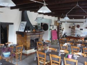 Hotel Restaurant St Jean De Bournay